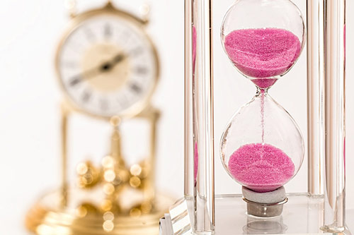 婚約から結婚式までに時間がない時の衣裳の選び方