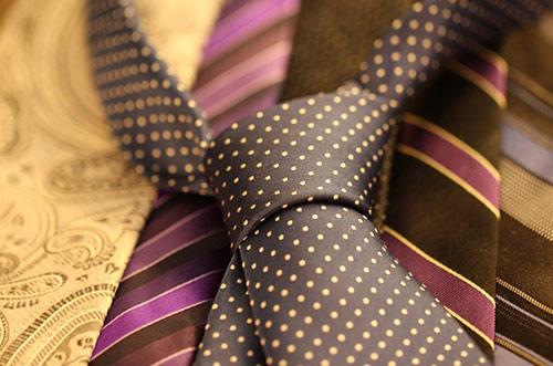 新郎の衣裳 ネクタイはどう選ぶか